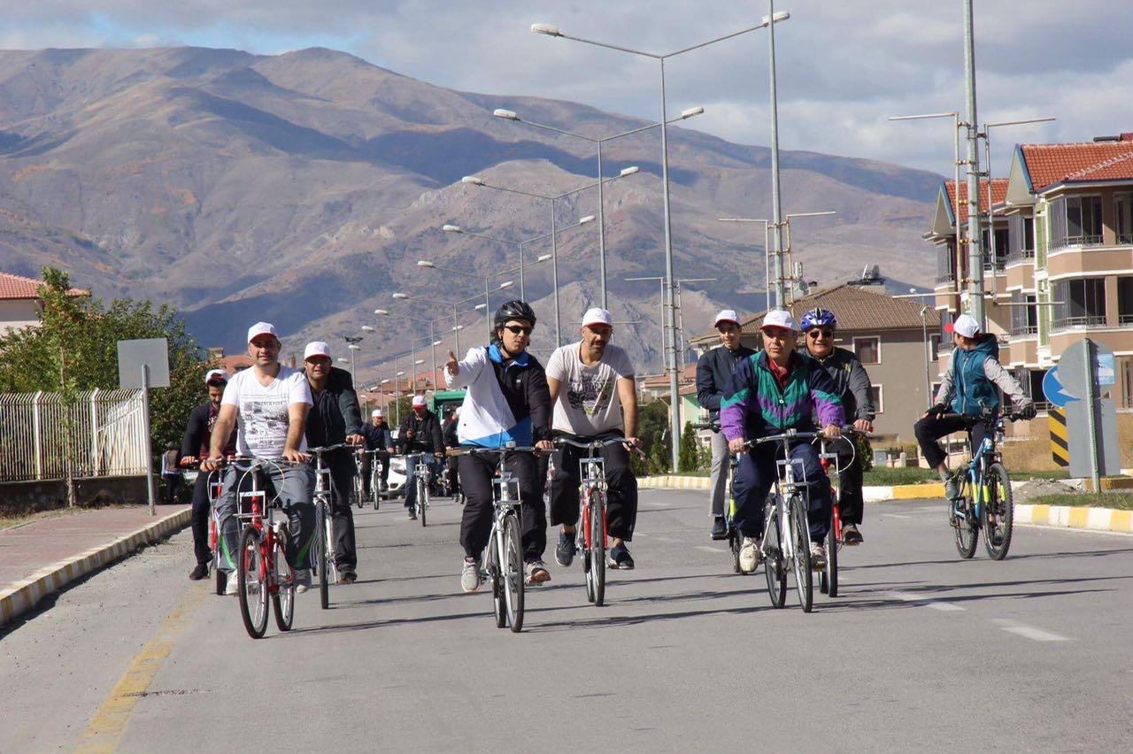 Hafta sonu bisiklet sürme etkinliği gerçekleştirildi.
