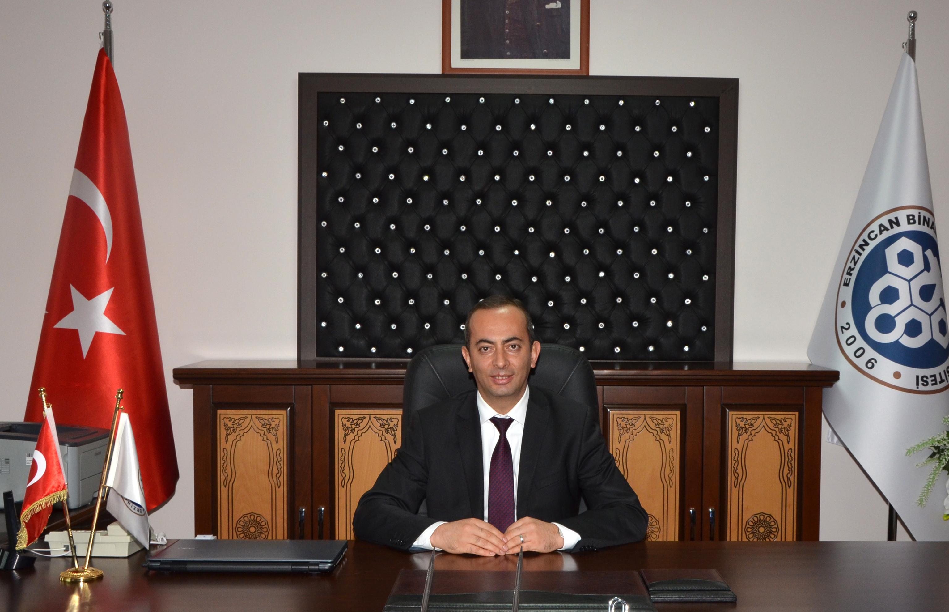 Dekanımız Prof. Dr. Abdulmecit KANTARCI göreve başladı.